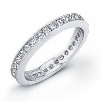 Wedding Band 18 KT w Princess Cut Diamonds