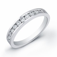 ladies 18 karat white gold and diamond band