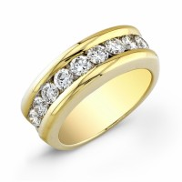 thick diamond and yellow gold band