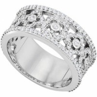 Ladies beautiful diamond ring in band style