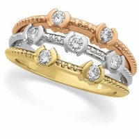 Diamond Ring in 3 colors of gold