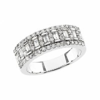 White Gold Diamond Ring for wedding anniversay