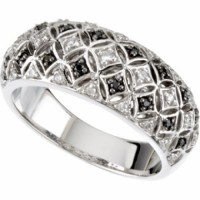 White & Black Diamond Ring w 14 kt White Gold Band